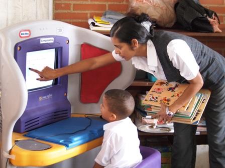 Estudiante Primaria Mano Amiga Venezuela