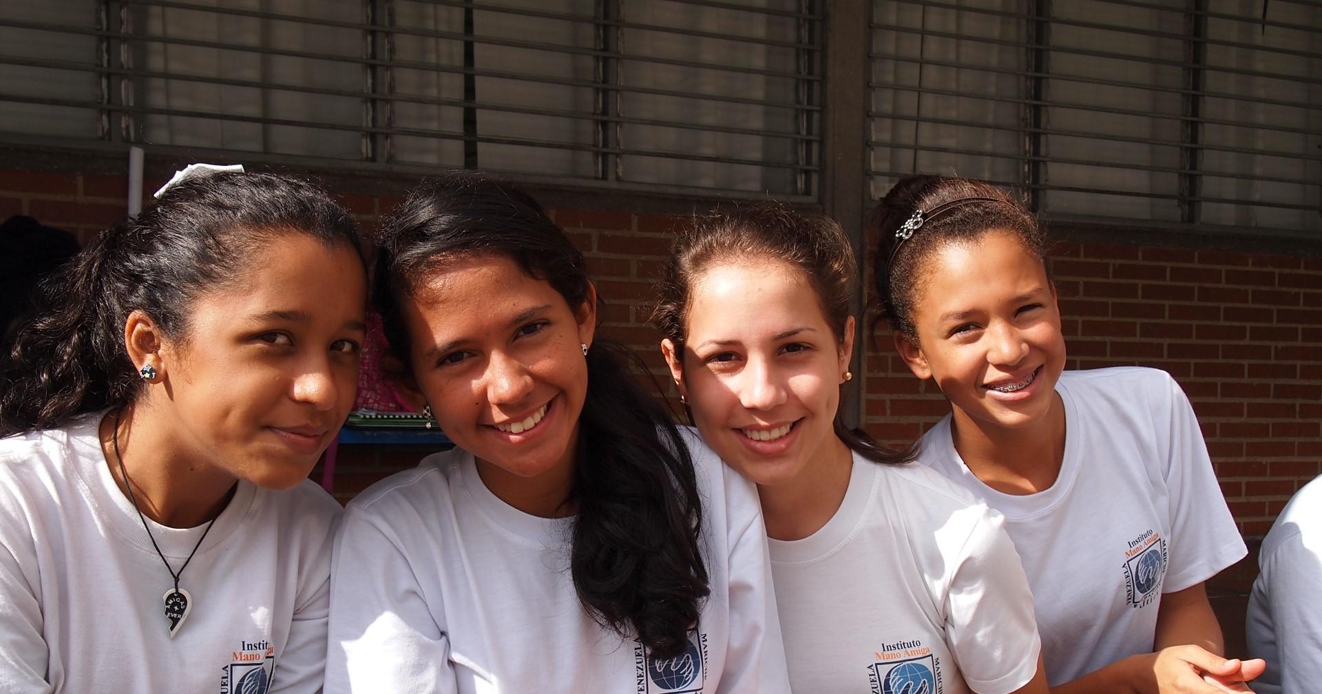 Estudiantes Colegio Mano Amiga